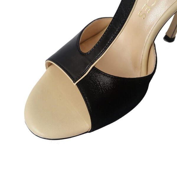 front part of a tango shoe for women, jpg 22 KB