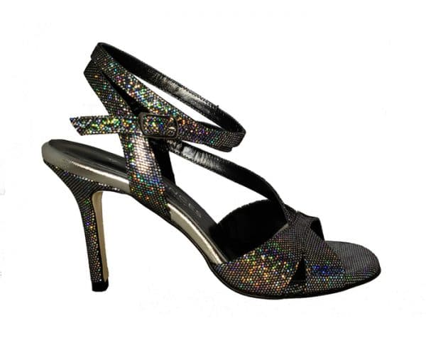 black tango shoe, made in Italy, jpg 42 KB