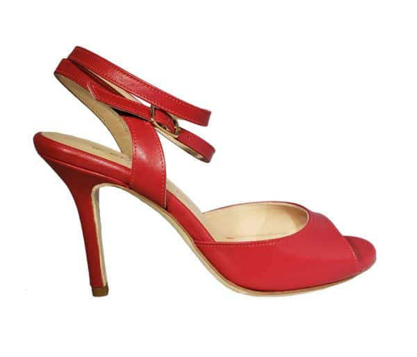 red tango shoe made in Italy, jpg 29 KB