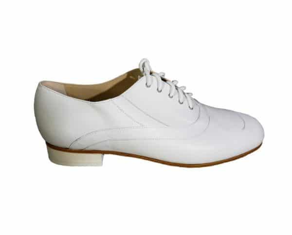 white tango shoe.jpg 126KB