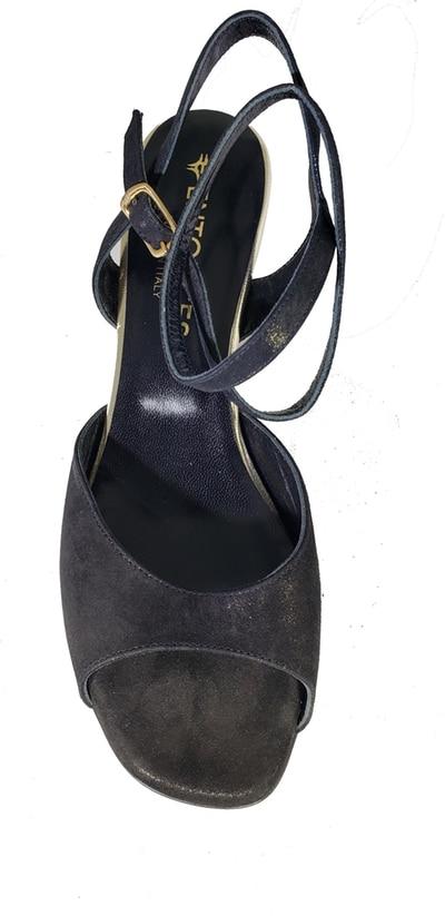 low heel black tango shoe