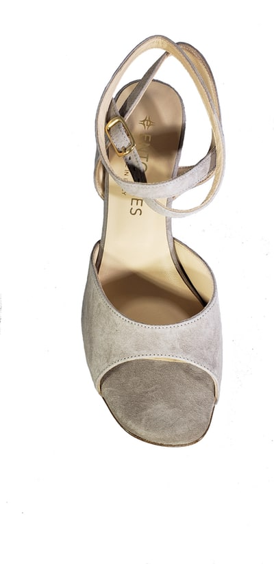 low heel neutral tango shoe, jpg 169 KB